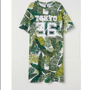 SALE! Divided By H&M Leaf Tokyo 36 T-shirt Dress